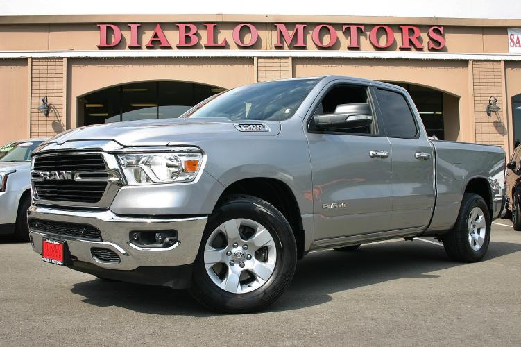2019 Billet Silver /Gray RAM 1500 Big Horn Quad Cab 4WD (1C6SRFBT2KN) with an V8 Hemi 5.7 Liter engine, Automatic with Overdrive transmission, located at 2067 San Ramon Valley Blvd., San Ramon, CA, 94583, (925) 830-8747, 37.738945, -121.952454 - Photo #0