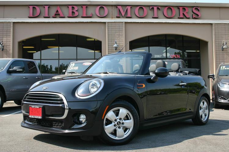 2019 Black Sapphire /Black Mini Roadster Convertible (WMWWG5C52K3) with an 1.5L L4 DOHC 16V TURBO engine, Automatic with Overdrive transmission, located at 2067 San Ramon Valley Blvd., San Ramon, CA, 94583, (925) 830-8747, 37.738945, -121.952454 - Photo #0
