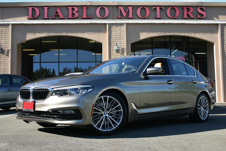 2017 BMW 5-Series 530i, Sport, Premium, Driver Assist Plus, Navigation, Surround Cameras, much more!