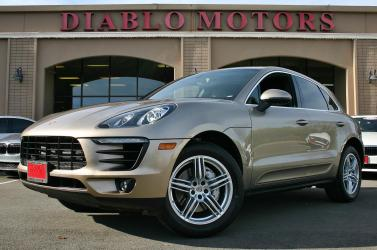 2016 Porsche Macan S, Twin Turbo V6 3.0, all wheel drive, navigation, rear camera, heated leather, immaculate in and out!