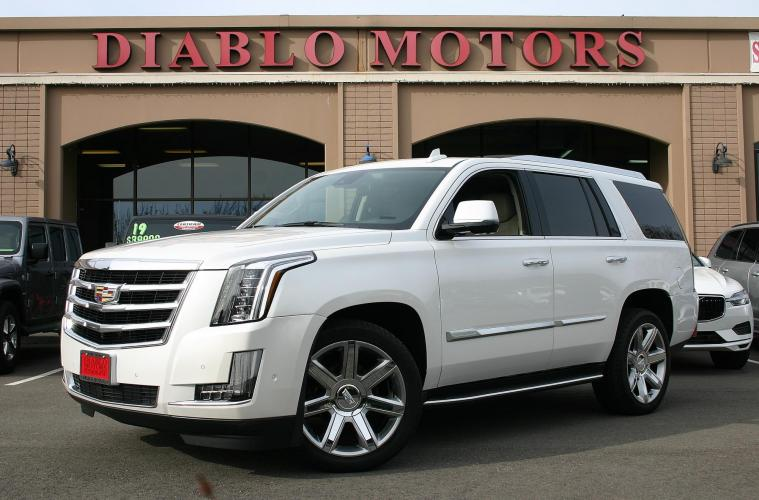 2020 Pearl White /Beige Leather Cadillac Escalade Luxury 4WD (1GYS4BKJ4LR) with an 6.2L V8 OHV 16V FFV engine, 10 Speed Automatic w OD transmission, located at 2067 San Ramon Valley Blvd., San Ramon, CA, 94583, (925) 830-8747, 37.738945, -121.952454 - Photo #0