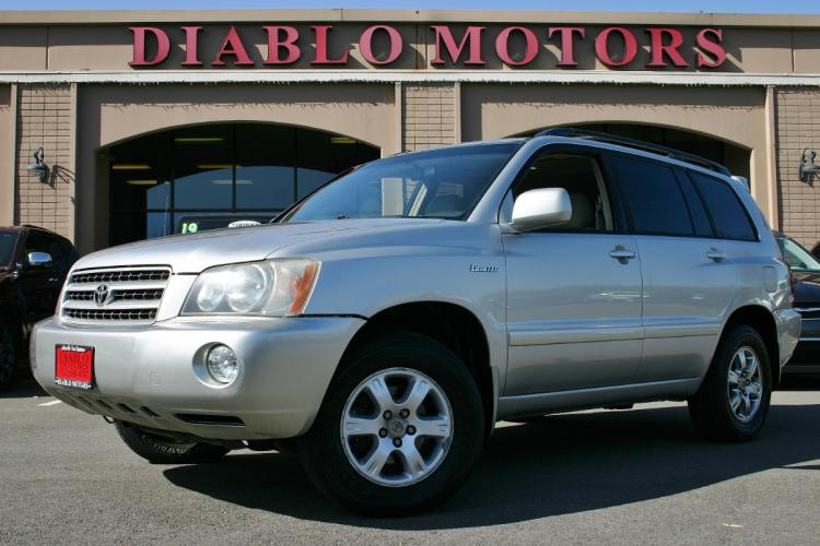 2002 Toyota Highlander Limited V6 4WD, moonroof, leather, power everything, looks good, drives perfect!