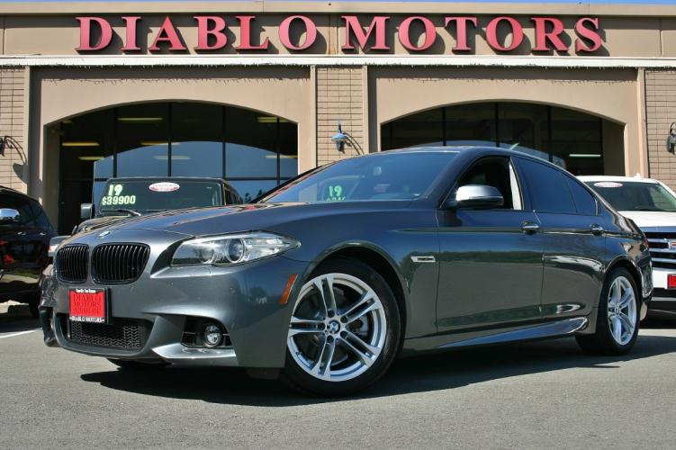 2015 BMW 5-Series 528i, M-Sport pkg, Premium pkg, Technology pkg, Convenience pkg, Driver Assist pkg, clean, low miles!